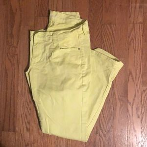 Old Navy neon yellow-green rockstar jeans 12